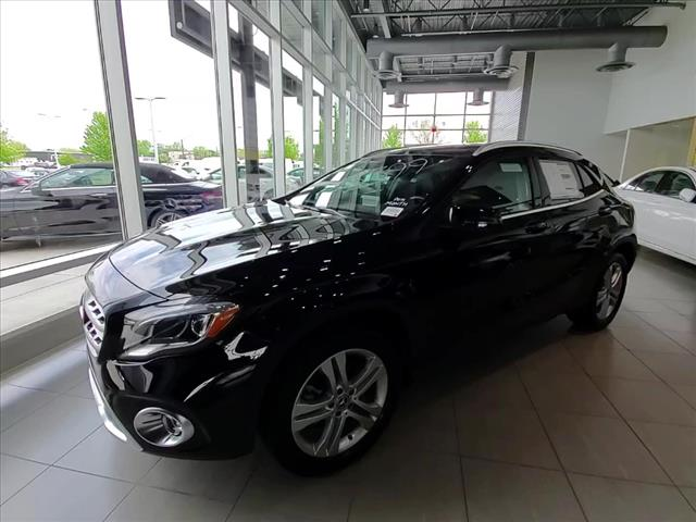 new 2019 mercedes-benz gla gla 250 suv in st. charles #19041